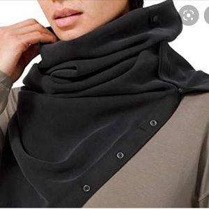 Ivivva black and grey Vinyasa scarf